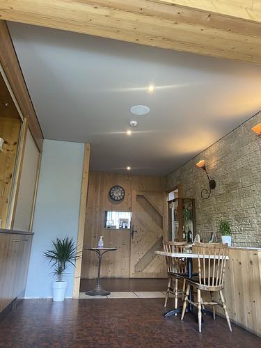 plafond tendu blanc salle restaurant juin2020 004