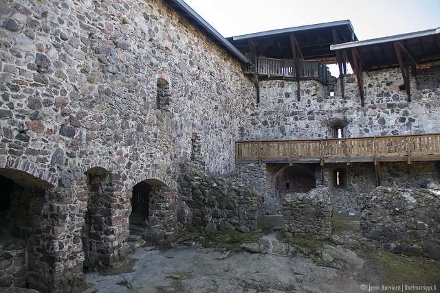 Raaseporin linnan sisäpihaa