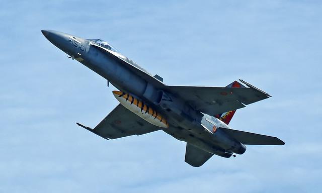 McDonnell Douglas EF-18A Hornet C.15-14/15-01 [A402/487]