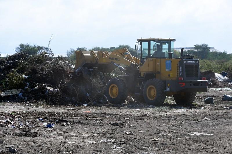 La Municipalidad limpió un basural de 1.500 metros cuadrados en barrio El Quebracho
