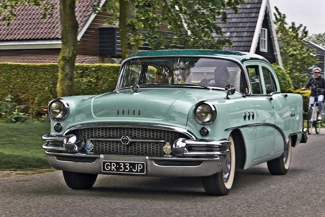 Buick Special Sedan 1955 (8759)