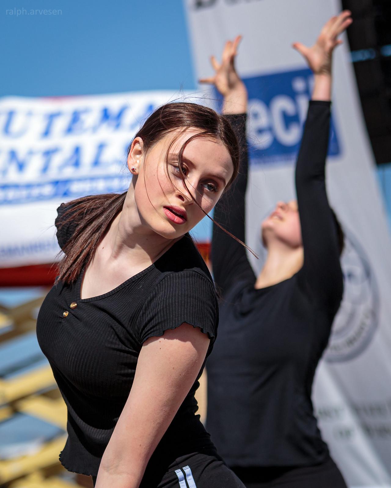 Studio 29 Dance Centre | Texas Review | Ralph Arvesen