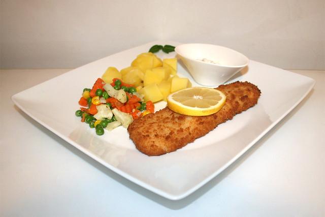 Coalfish filet with buttered vegetables & potatoes - Served / Seelachsfilet mit Buttergemüse & Kartoffeln - Serviert