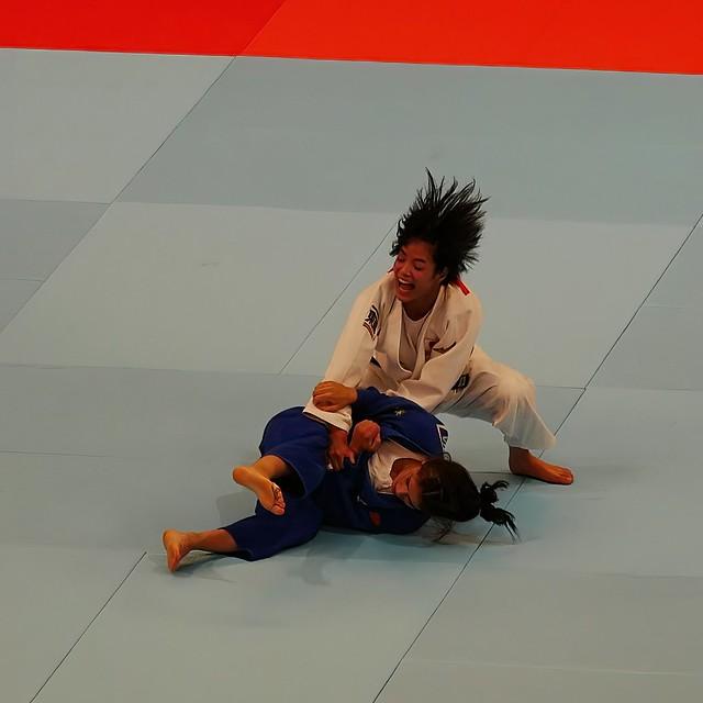 Uta Abe wirft - 03