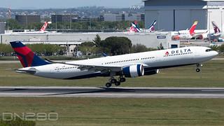 Delta A330-941N msn 1990 F-WWCR / N410DX