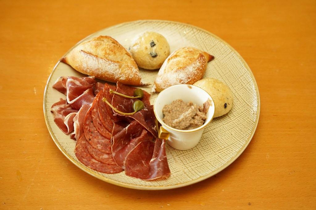 TownRestaurant4
