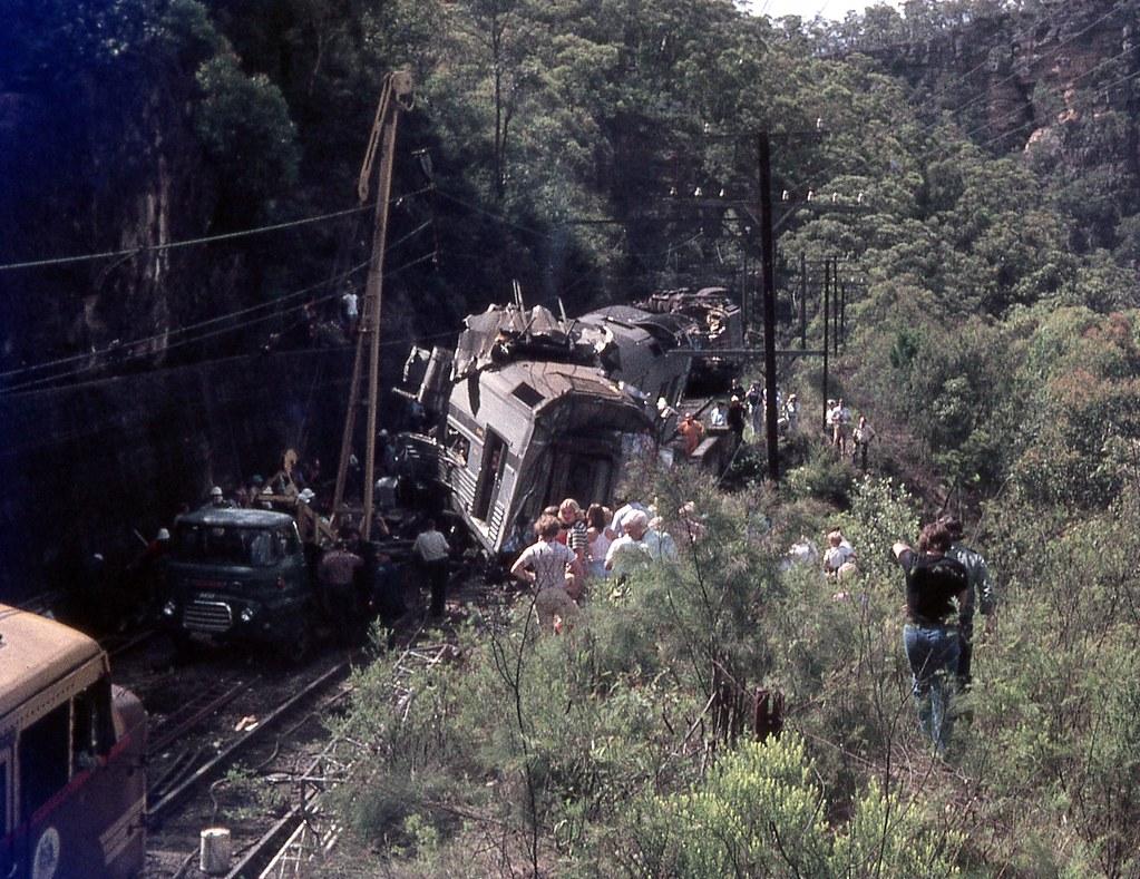 Rear End Collision, 4622 and V Set, Glenbrook, NSW.
