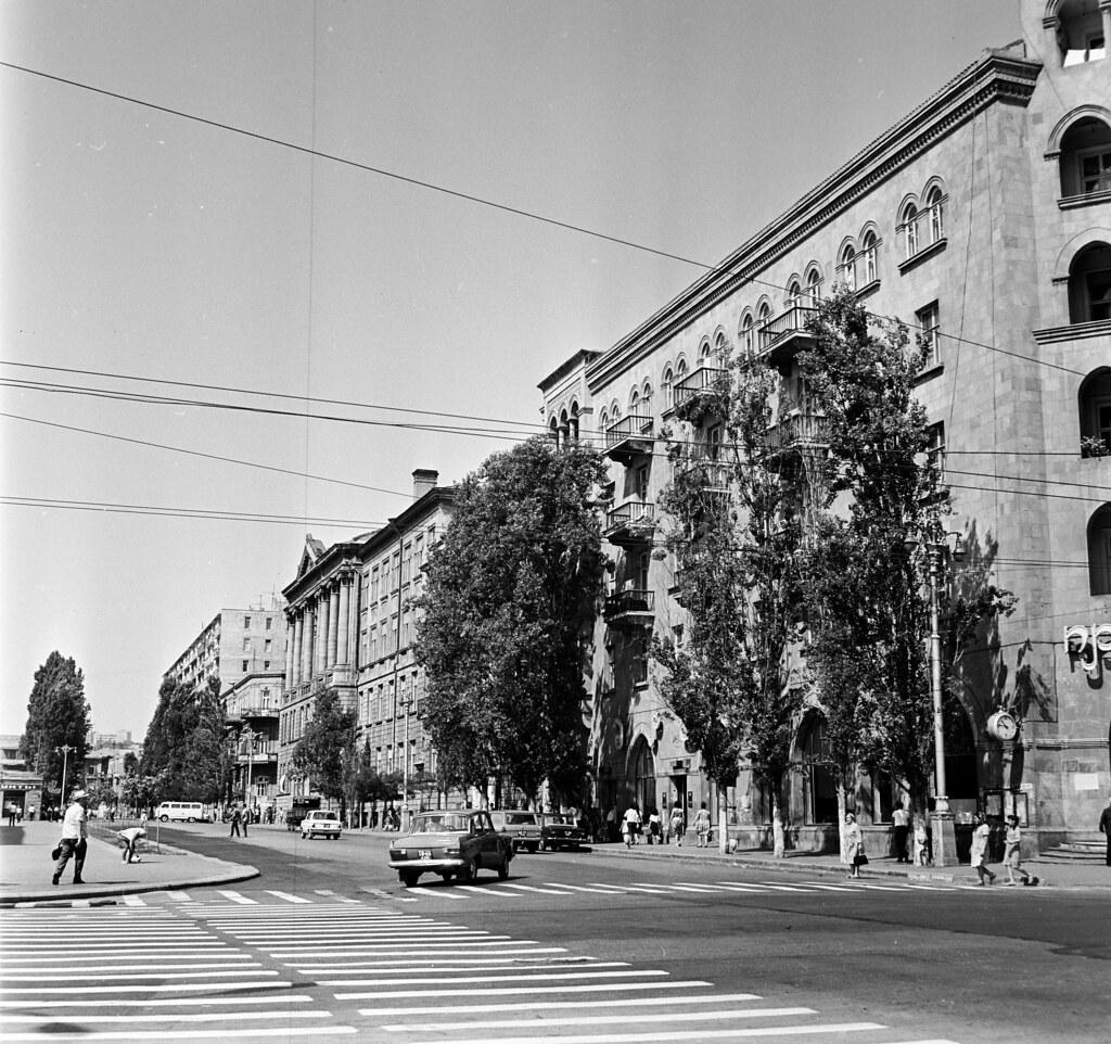 Баку. Улица Басина