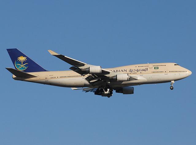 Saudi Arabian Airlines Boeing 747-468 HZ-AIY