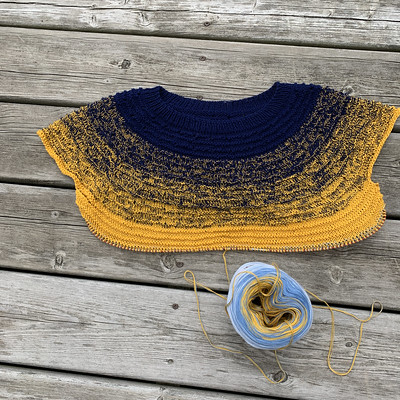 I re-knit my Wilson Top correctly this time and am a few inches past the sleeve bind off!