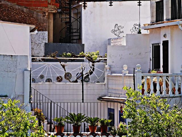 Terrazas en el pueblo - Nàquera - València