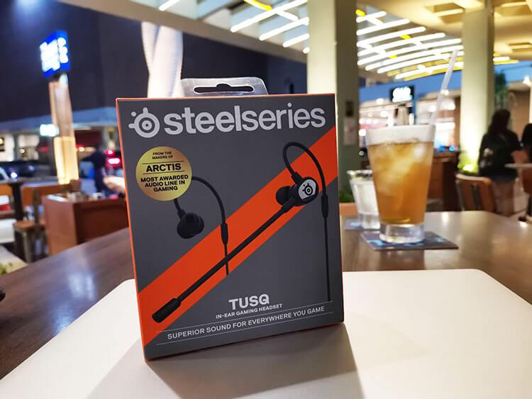 TUSQ in-ear Gaming Headset dari SteelSeries