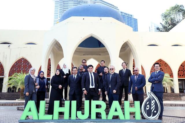 Ketua Pegawai Eksekutif TV AlHijrah Terima Anugerah Asean Inspiring Award Winner 2021