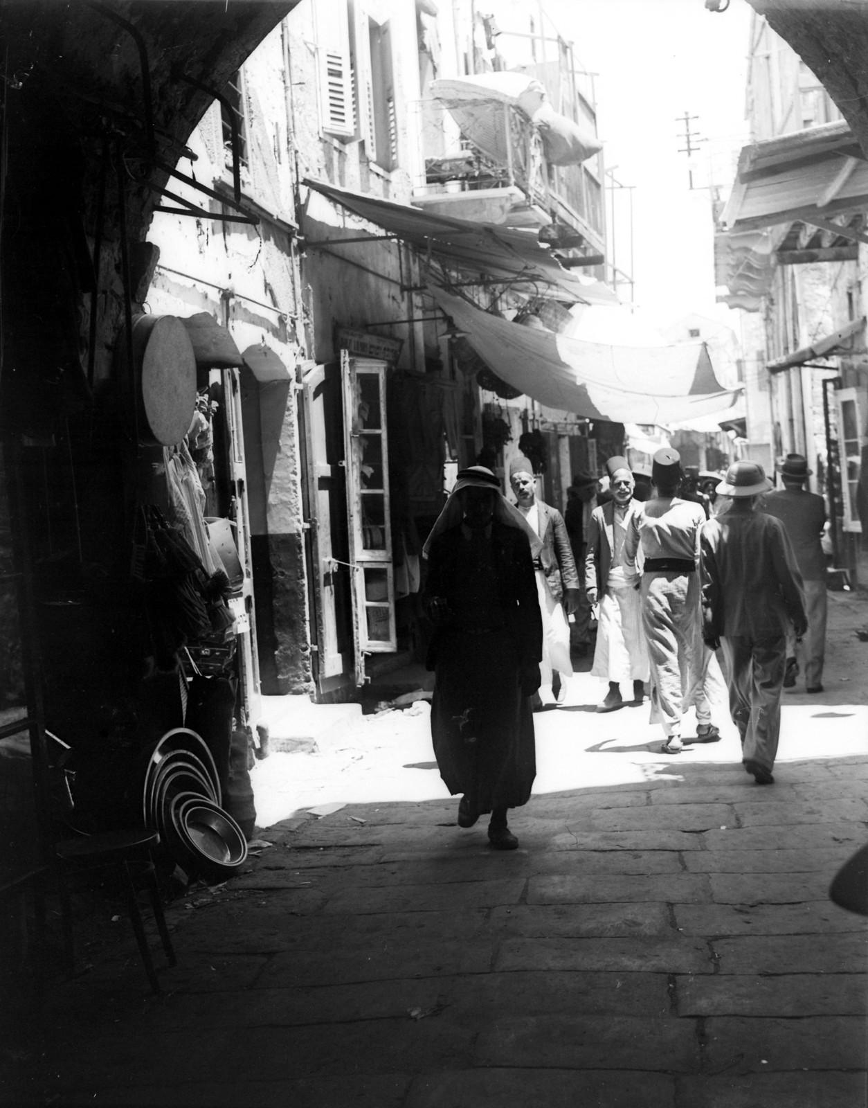 1934. Хайфа. Узкая улица в Вади Нишас