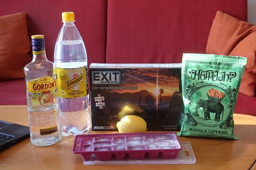 """Zutaten für Gin Tonic, indischer Knabber und Escape Game """"Exit – Das Spiel: Der verschollene Tempel"""""""