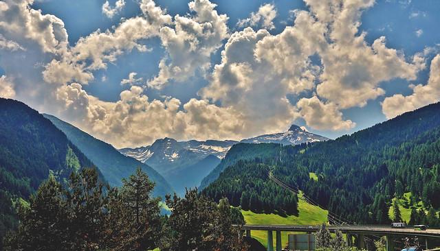 Österreich/Italien , links und rechts der Brennerautobahn, 79007/13609