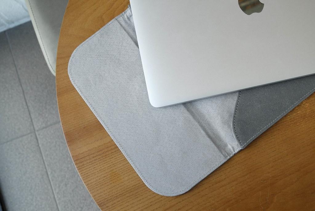 macbook pro m1 pouch