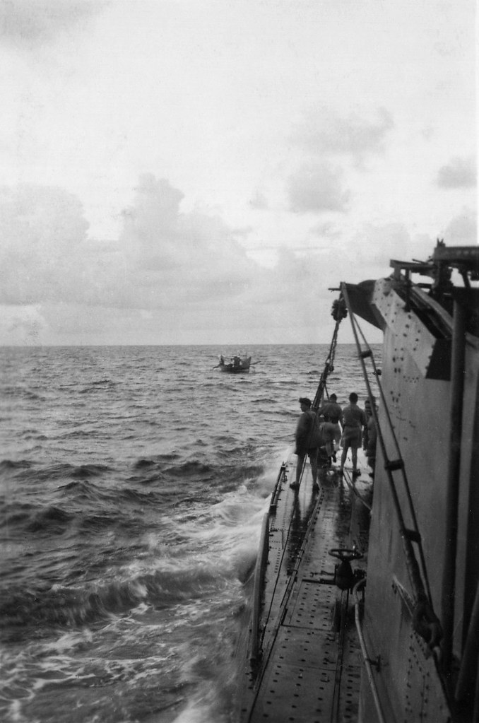 Submarine Hr Ms K XV, encounter with a local boat, Indonesia, ca. 1944