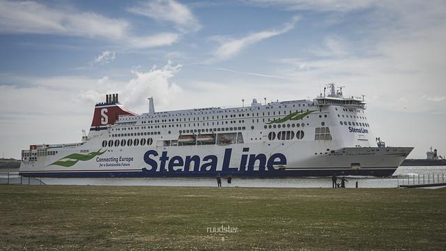 IMO: 9419163   Build: 2010 - Stena Hollandica