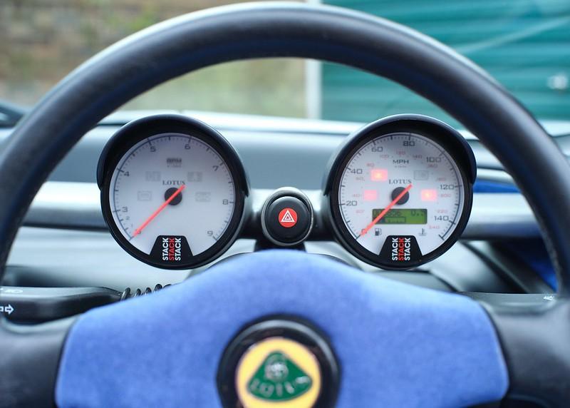 Lotus-340R-9084