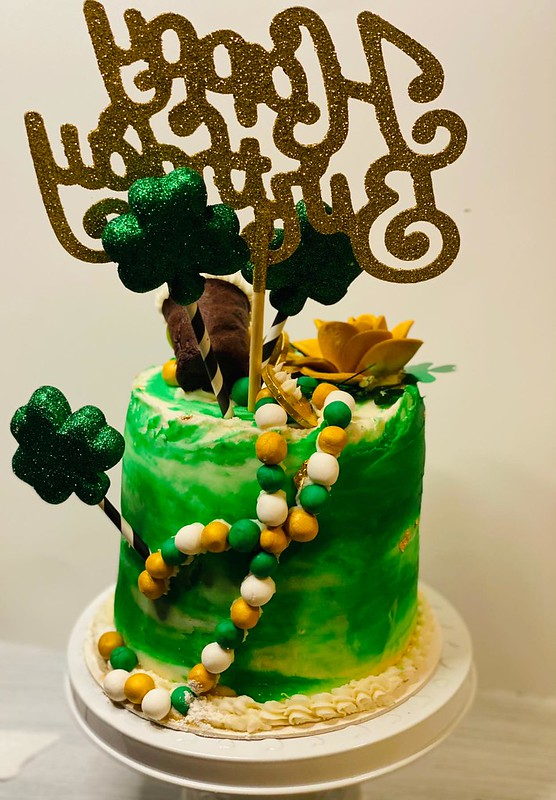 Cake by Sweets & Twist