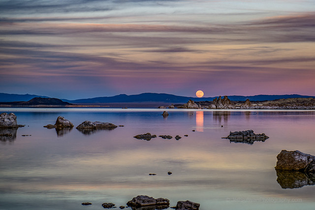 Mono Lake Sunset Moon Rise November 2020