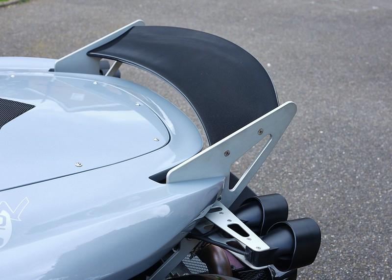 Lotus-340R-8985