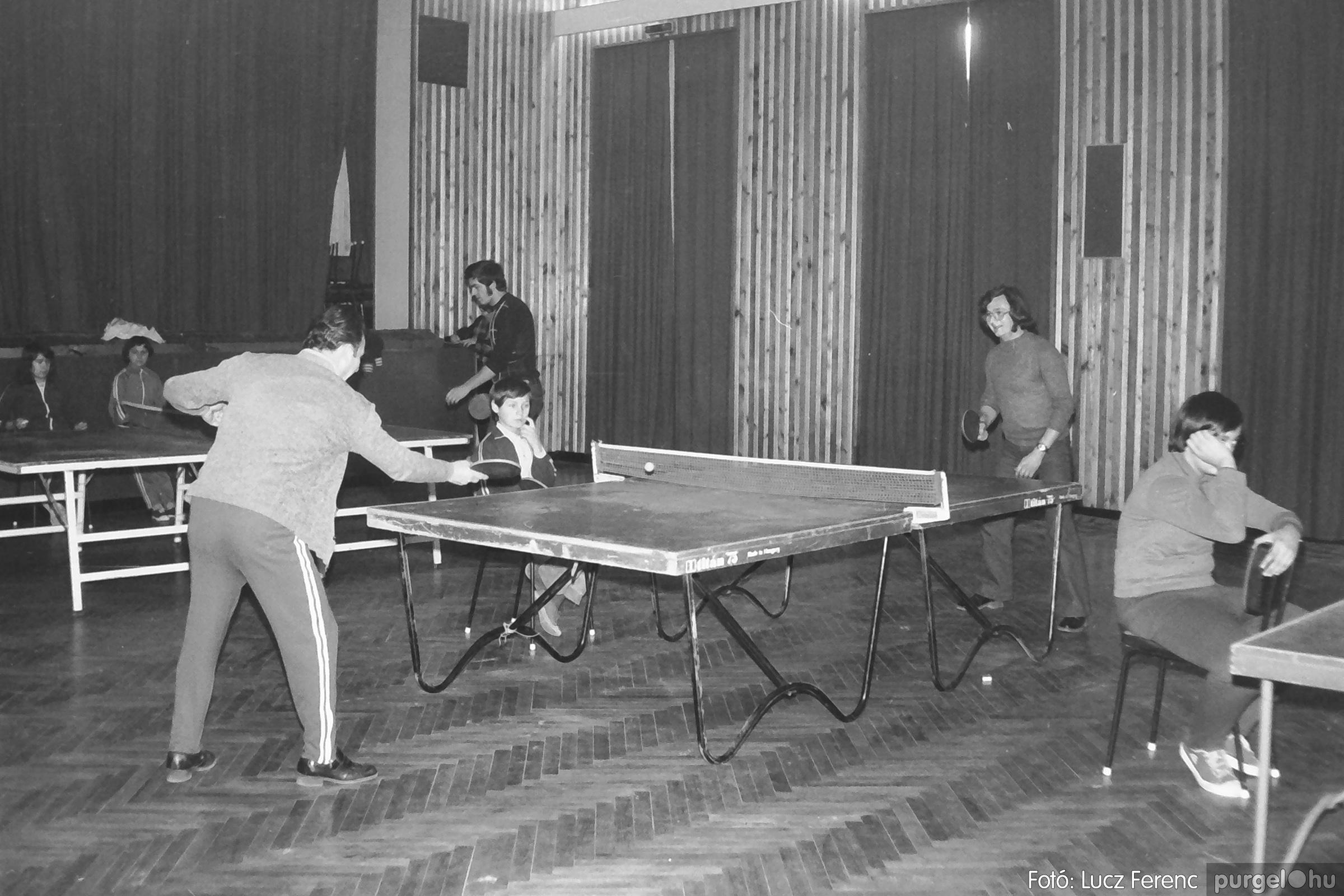 100. 1978. Asztaltenisz verseny 001. - Fotó: Lucz Ferenc.jpg