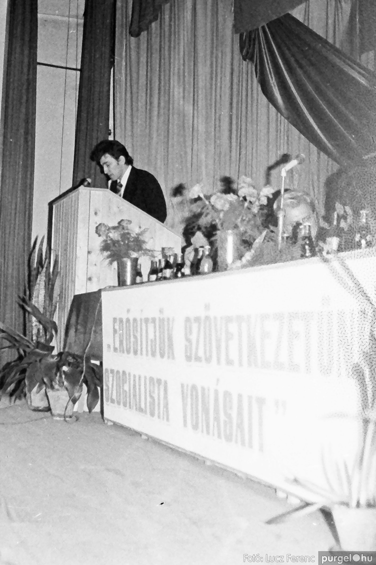 107. 1978. A KTSZ mérlegzáró közgyűlése 033. - Fotó: Lucz Ferenc.jpg