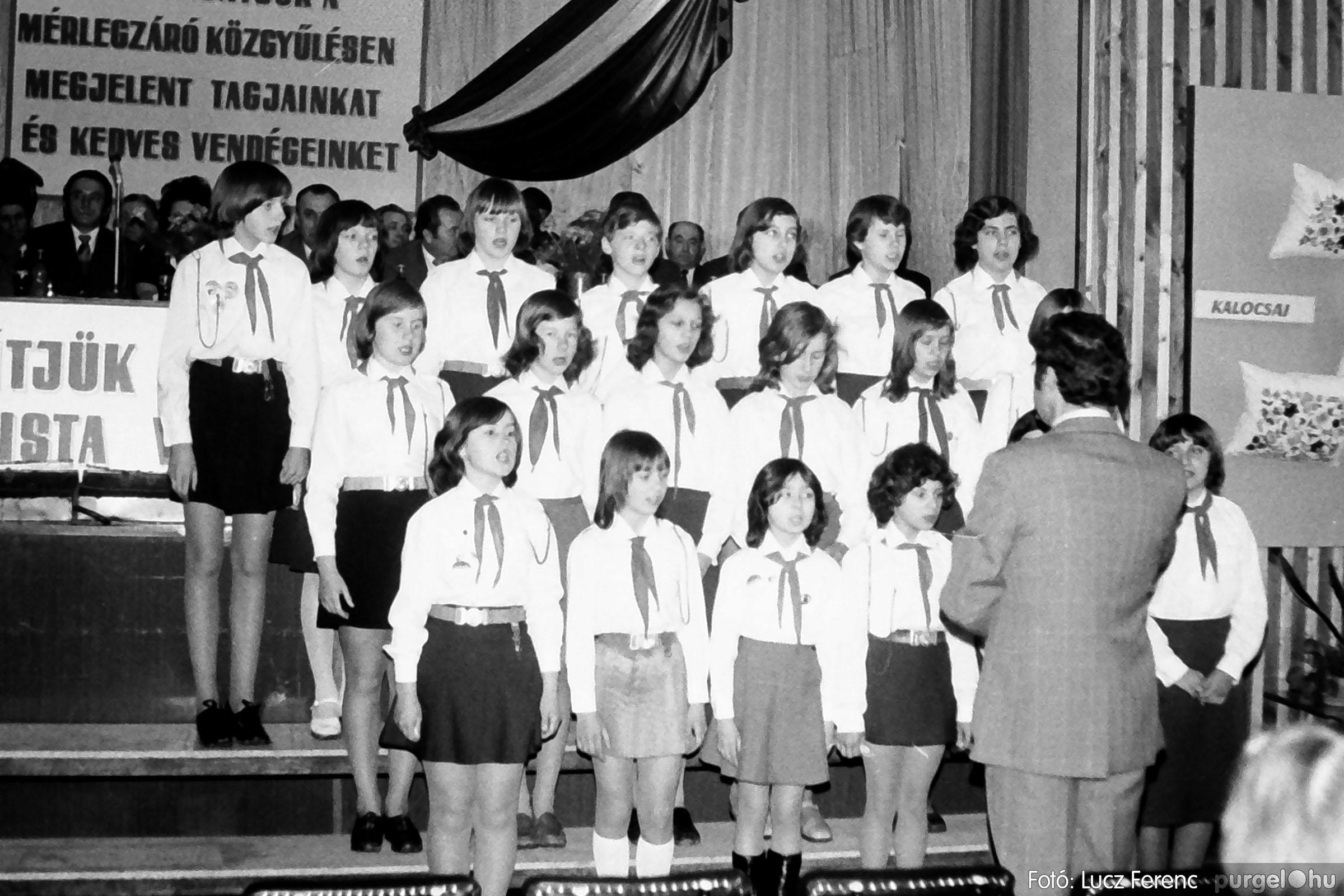 107. 1978. A KTSZ mérlegzáró közgyűlése 019. - Fotó: Lucz Ferenc.jpg