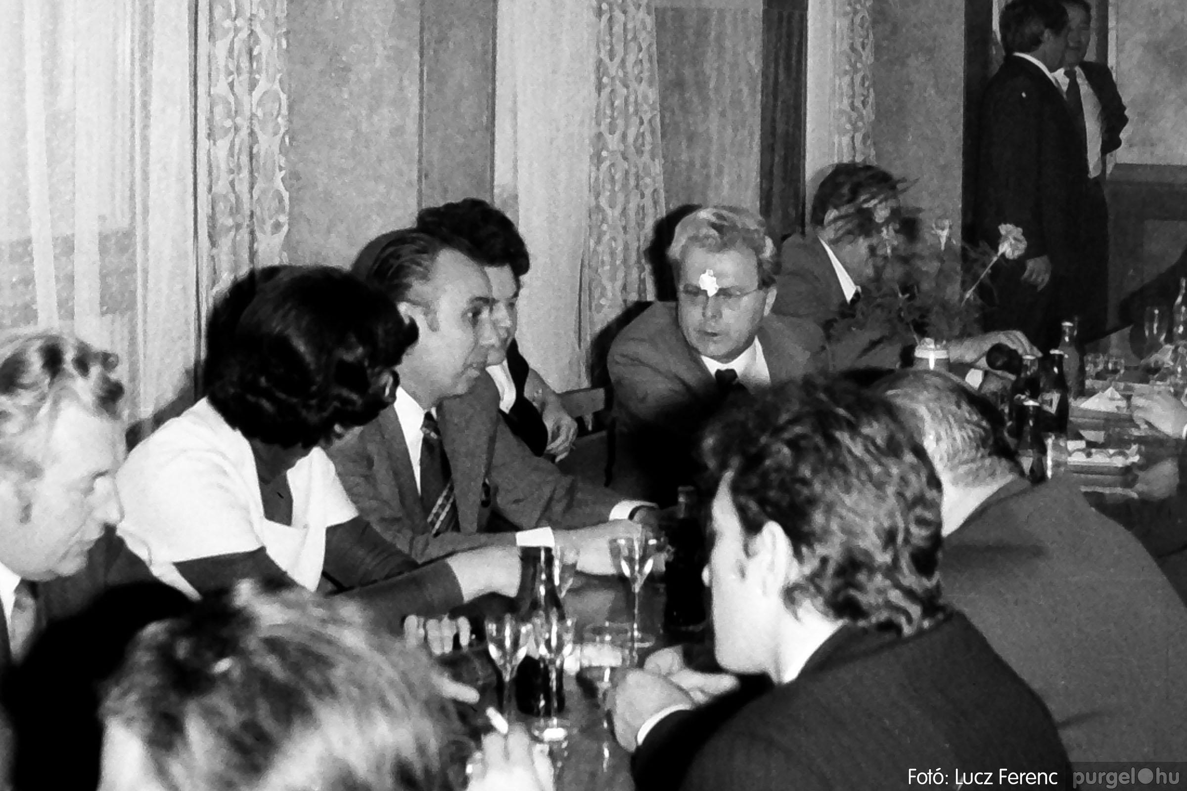 107. 1978. A KTSZ mérlegzáró közgyűlése 005. - Fotó: Lucz Ferenc.jpg