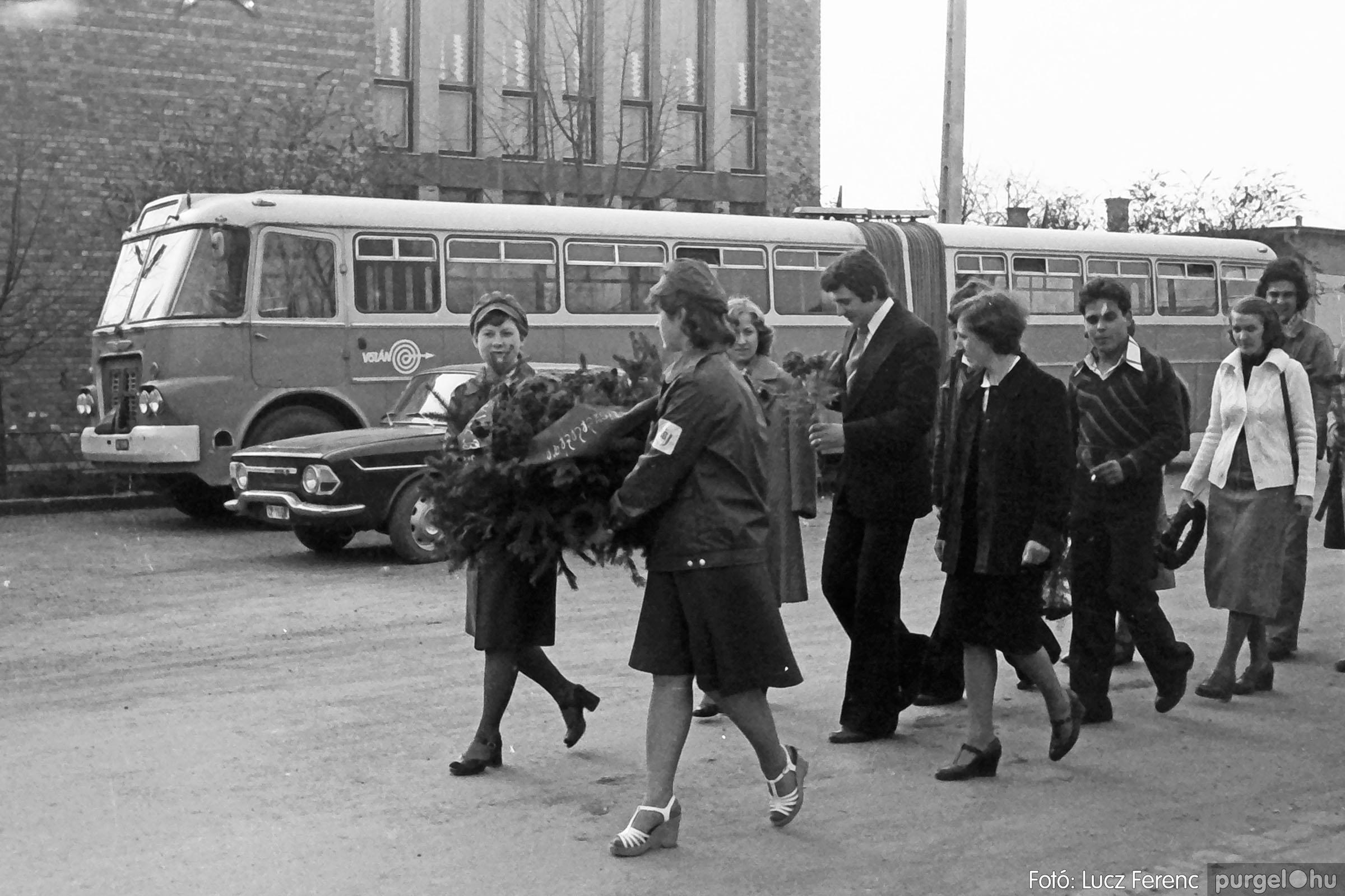 109. 1978. Április 4-i ünnepségek 001. - Fotó: Lucz Ferenc.jpg