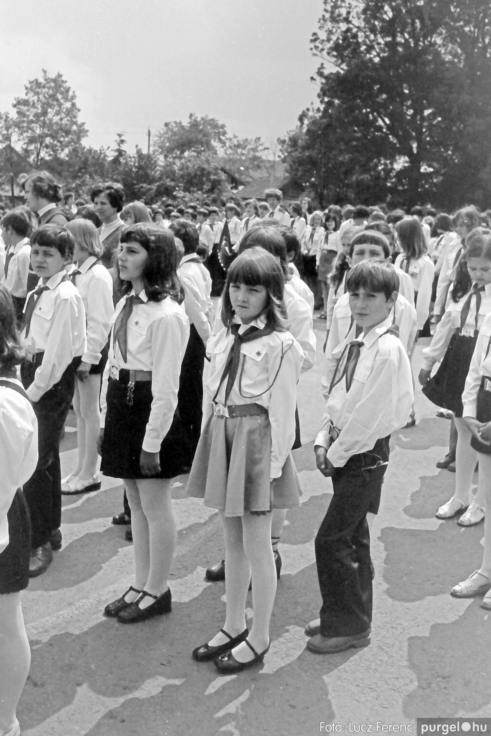 110. 1978. Úttörő avatás 015. - Fotó: Lucz Ferenc.jpg