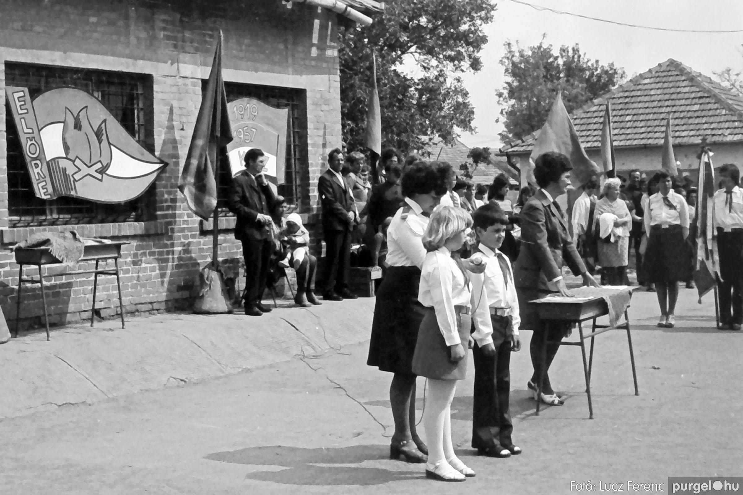 110. 1978. Úttörő avatás 014. - Fotó: Lucz Ferenc.jpg