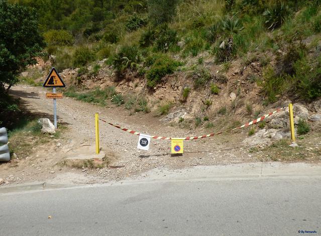 Penya Senyal (2021) -04- Inicio Pista al Depósito de agua en C Antoni Gaudi (04-2021)