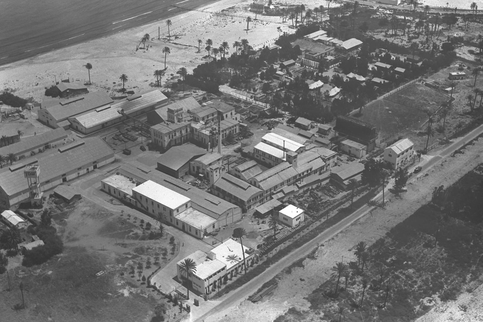 1939. Хайфа. Завод «Шемен» с воздуха