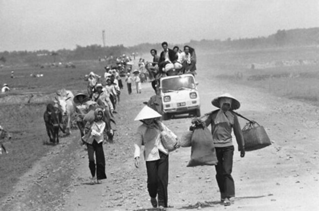 Vietnam War 1975 - Refugees flee from North Vietnamese