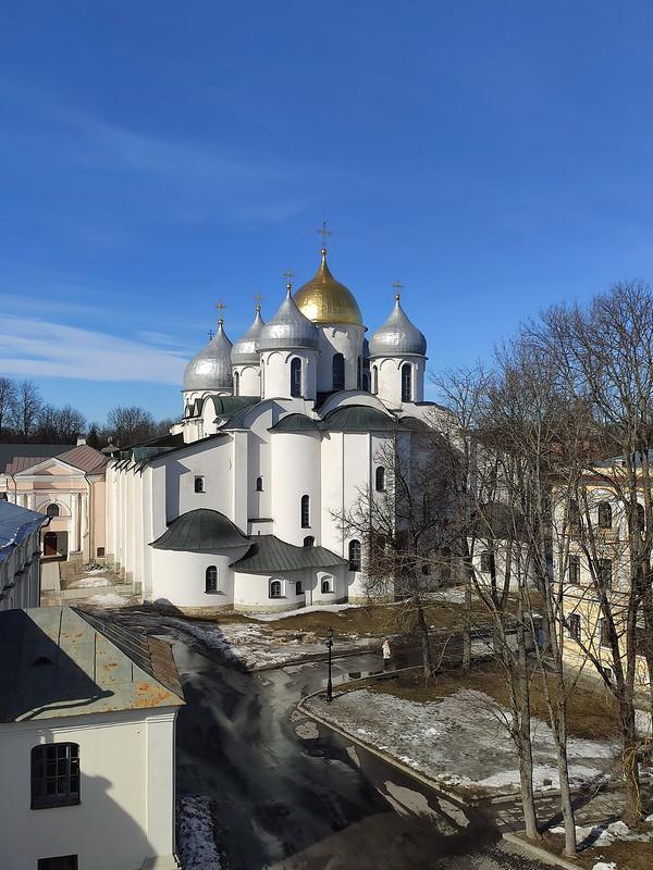 Великий Новгород - Новгородский кремль (Детинец) - Вид на Софийский собор со звонницы