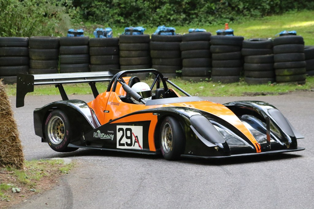 Simon Clemmow, Radical SR1 at Wiscombe (N Cole)