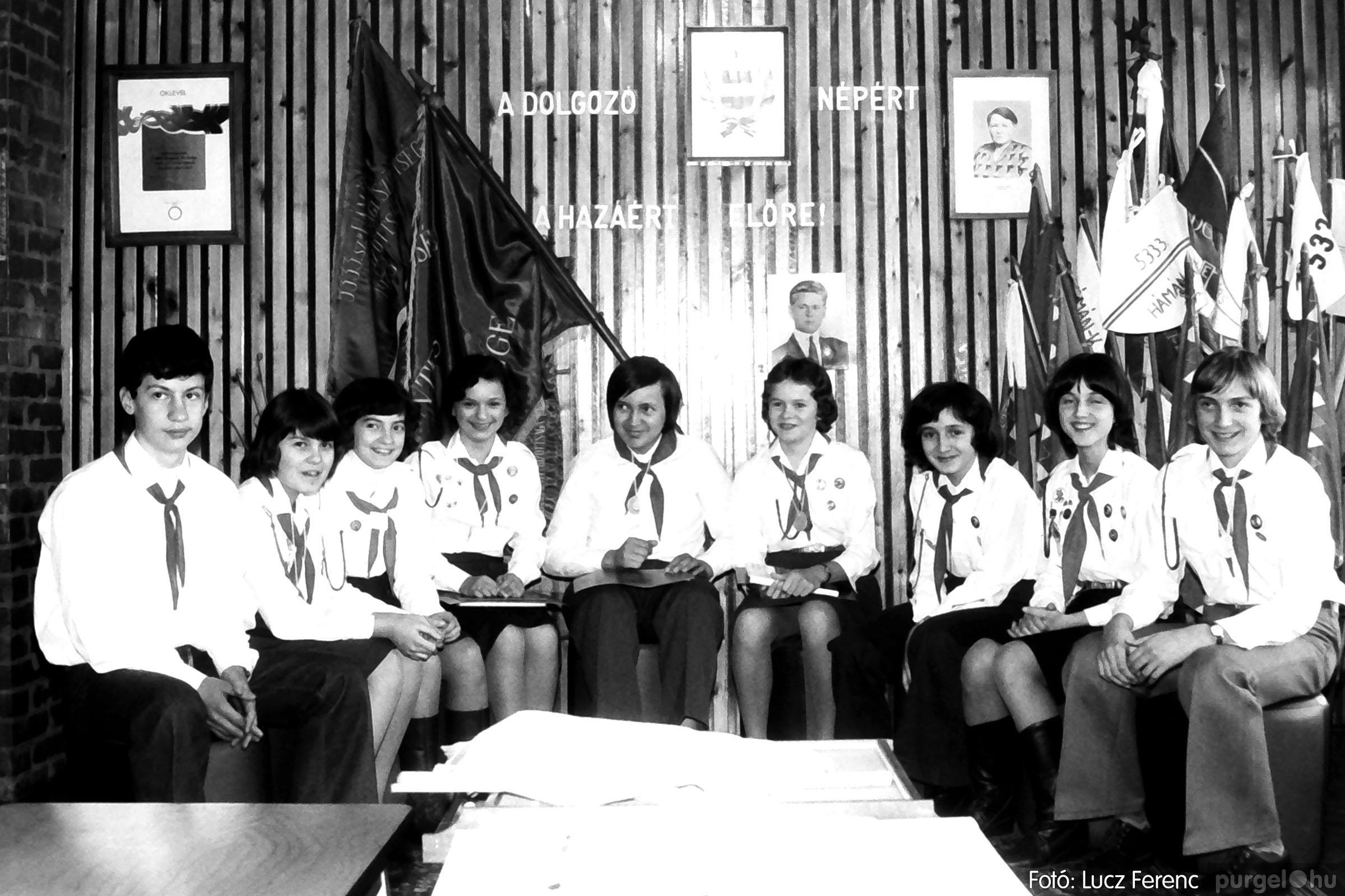 102. 1978. Szaktárgyi verseny a központi iskolában 017. - Fotó: Lucz Ferenc.jpg