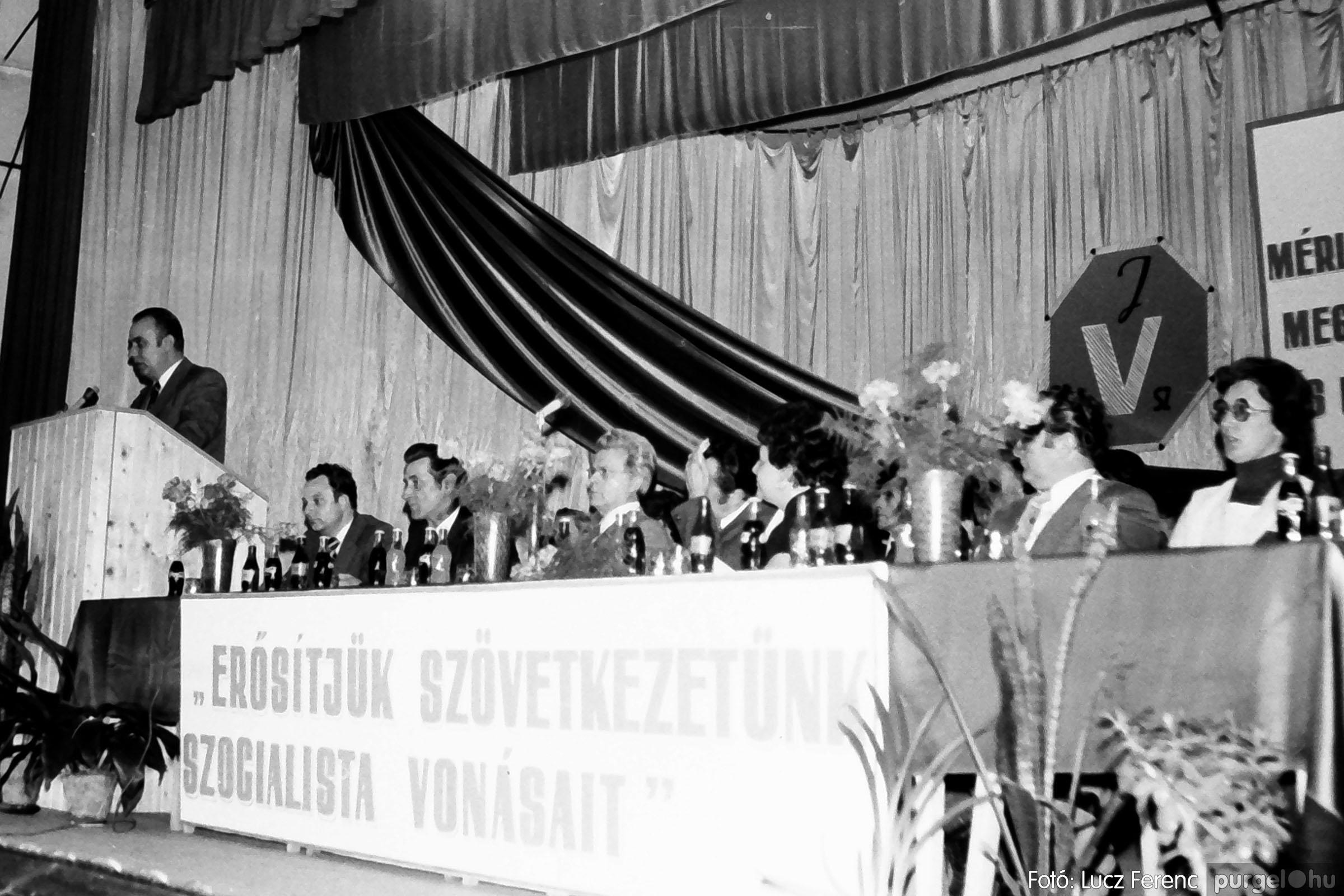 107. 1978. A KTSZ mérlegzáró közgyűlése 029. - Fotó: Lucz Ferenc.jpg