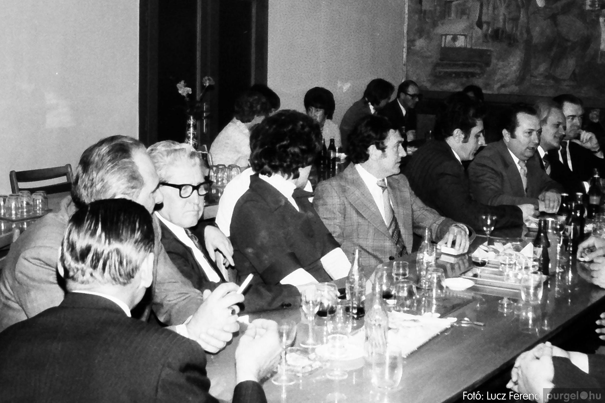 107. 1978. A KTSZ mérlegzáró közgyűlése 008. - Fotó: Lucz Ferenc.jpg