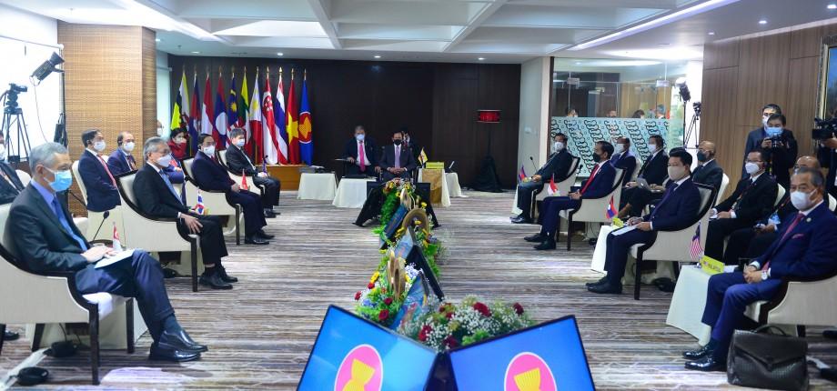 ที่ประชุมอาเซียนเสนอมติ 5 ข้อเรียกร้องยุติความรุนแรงในพม่า