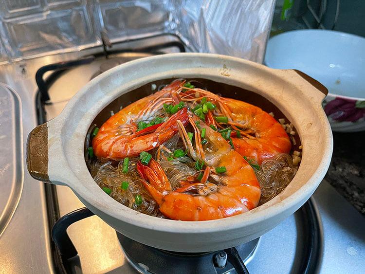 Authentic Thai Prawn Vermicelli in Claypot recipe guide