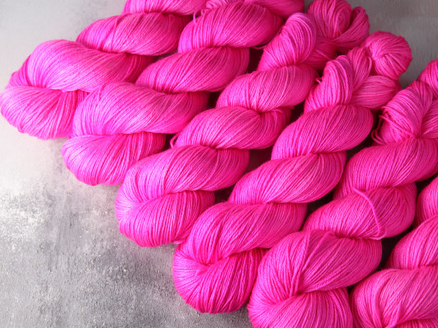 Brilliance 4 Ply – British Bluefaced Leicester wool and silk hand-dyed yarn 100g – 'Be Safe, Be Seen' (neon pink)