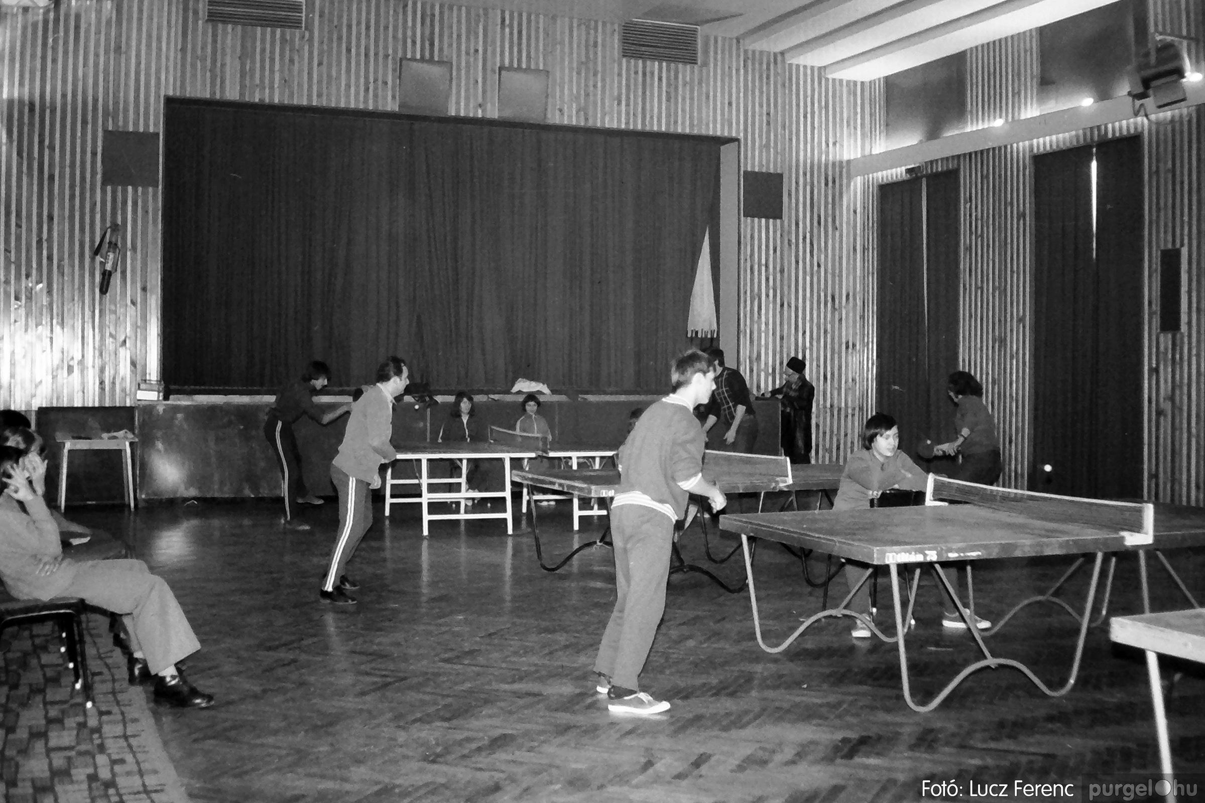 100. 1978. Asztaltenisz verseny 002. - Fotó: Lucz Ferenc.jpg