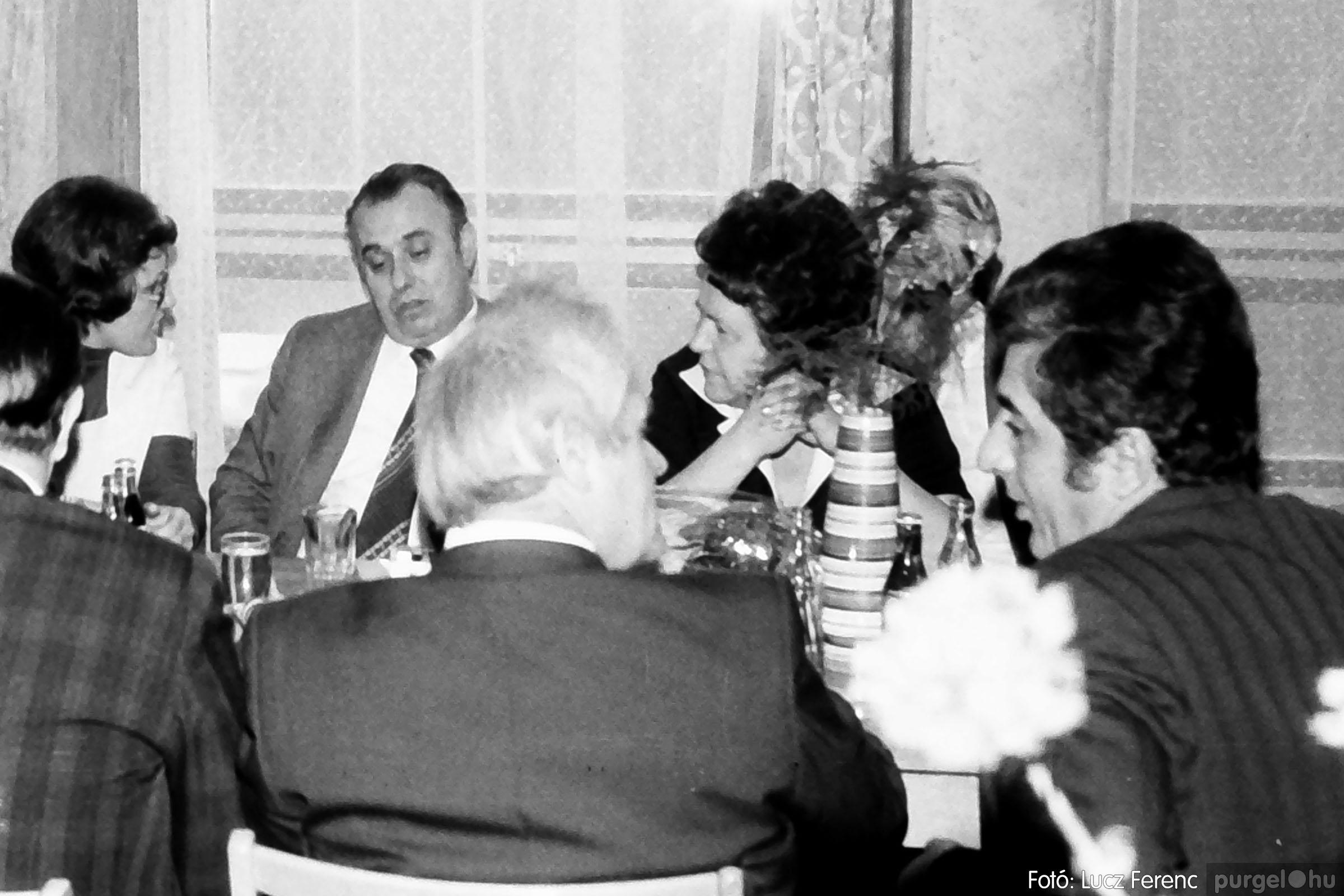 107. 1978. A KTSZ mérlegzáró közgyűlése 001. - Fotó: Lucz Ferenc.jpg