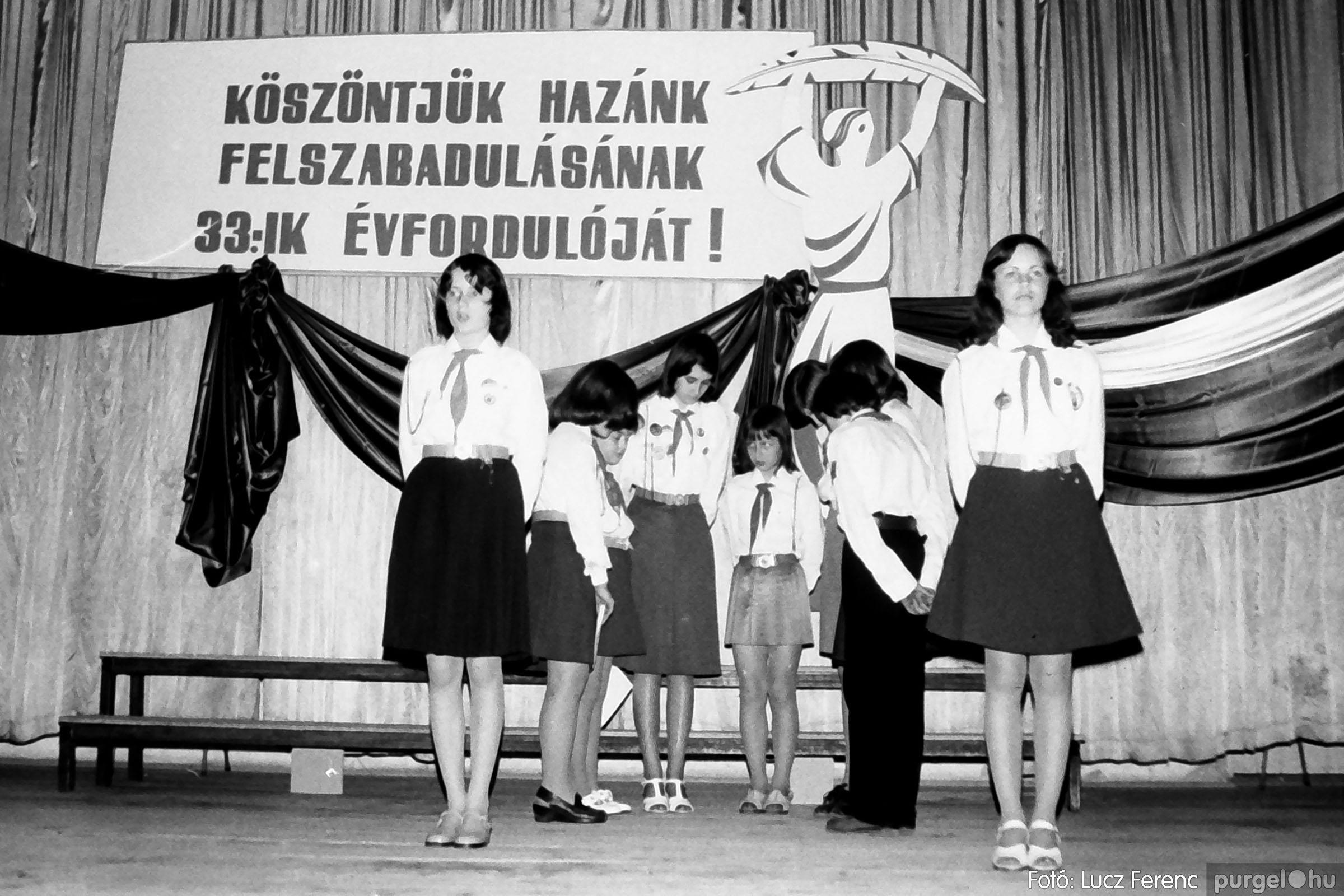 109A. 1978. Április 4-i ünnepségek 056. - Fotó: Lucz Ferenc.jpg