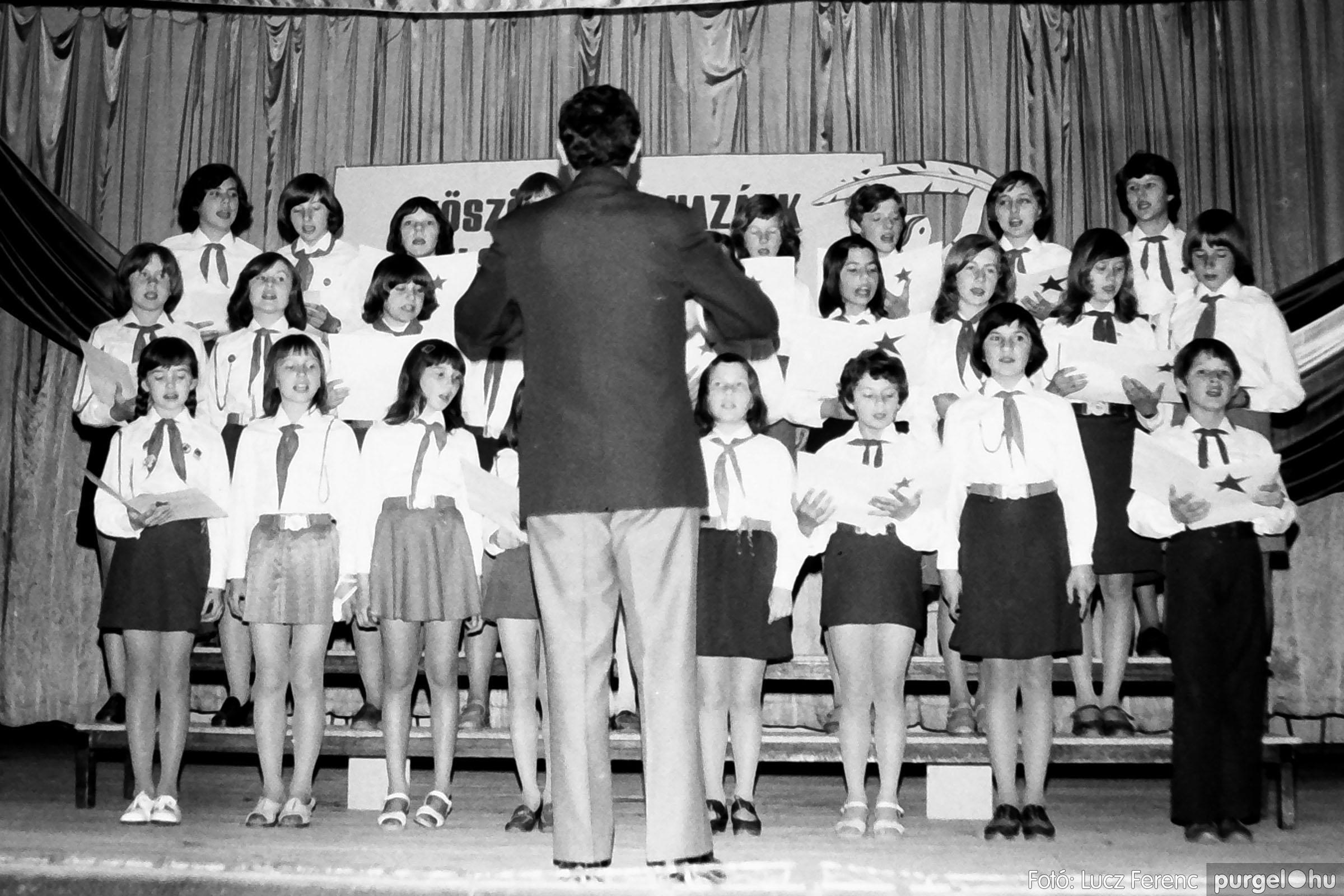 109A. 1978. Április 4-i ünnepségek 055. - Fotó: Lucz Ferenc.jpg