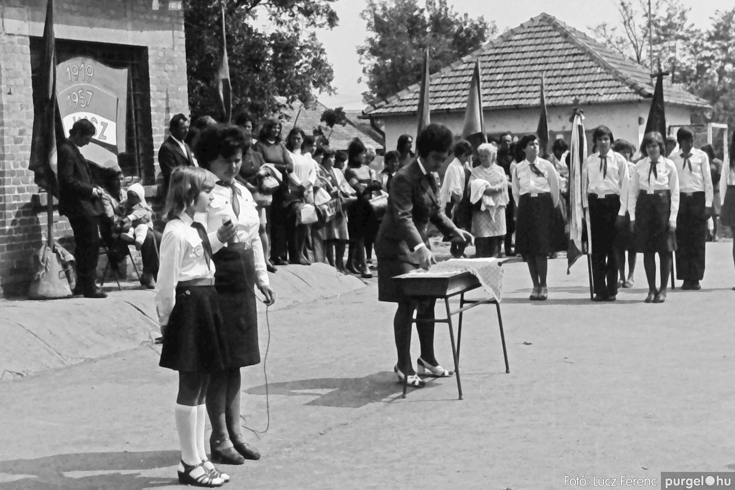 110. 1978. Úttörő avatás 013. - Fotó: Lucz Ferenc.jpg